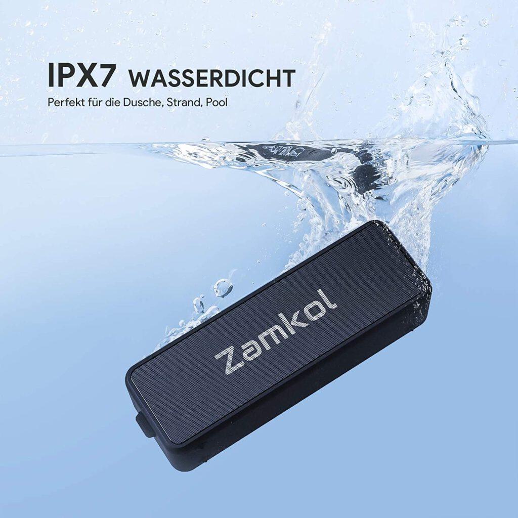 Dank IPX7-Zertifierzung ist der Zamkol ZK106 auch vor Wasser gut geschützt.