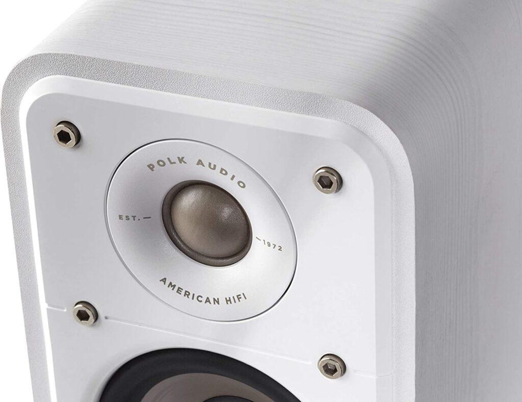 Der Polk Audio Signature S10E bietet zwar starke Töner.